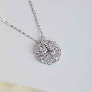 NEW 14K WT Gold Plated Diamond Clover Necklace b